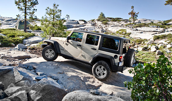 2013 Jeep Wrangler Unlimited front three quarters Best Car Lease Deals: February 2013