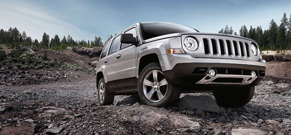 Top 5 Cheapest Cars to Insure in America in 2013: 2013 Jeep Patriot Sport